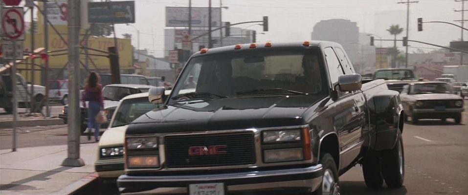 """1992 Buick Roadmaster >> IMCDb.org: 1991 GMC Sierra 3500 Club Coupe Dually in """"Lethal Weapon 3, 1992"""""""