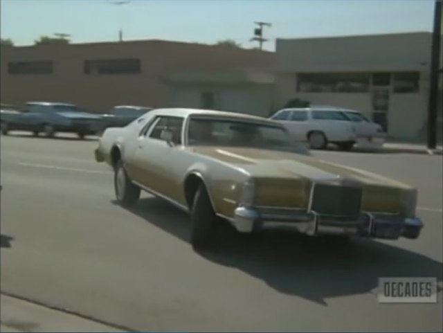 Imcdb Org 1974 Lincoln Continental Mark Iv In Police Woman 1974 1978