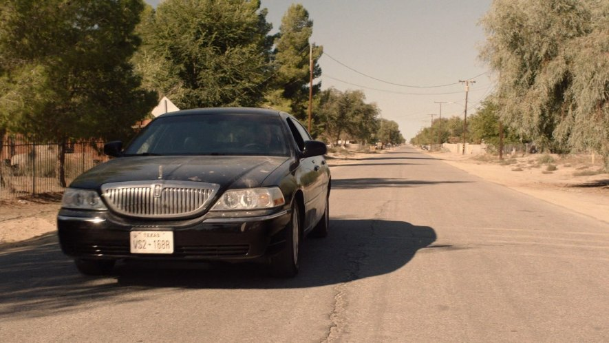 Imcdb Org 2003 Lincoln Town Car In Twin Peaks 2017