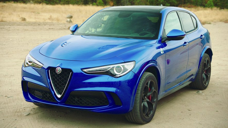 2017 alfa romeo stelvio quadrifoglio 949 in the grand tour 2016 2018. Black Bedroom Furniture Sets. Home Design Ideas