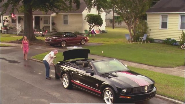 2008 Ford Mustang Warriors in Pink