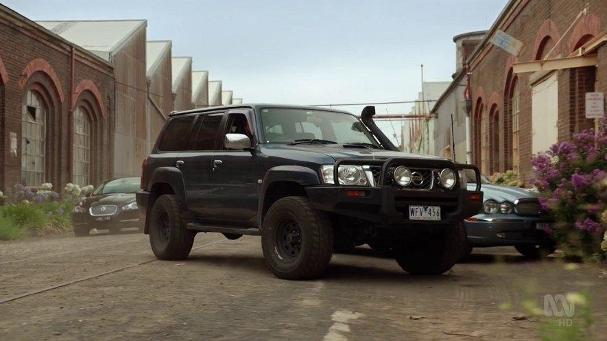IMCDb org: 2008 Nissan Patrol [Y61] in