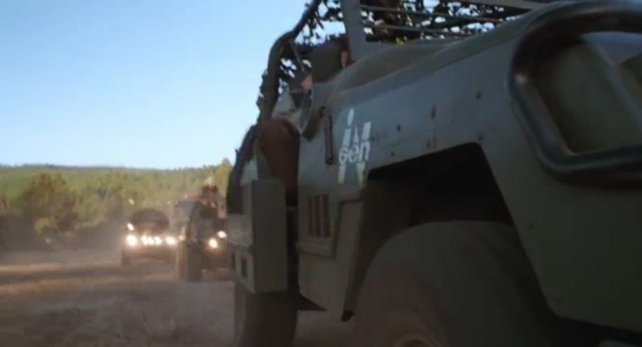 """Jeep Wrangler Off Road >> IMCDb.org: Made for Movie InGen Hunter Harasser Based on Jeep Wrangler chassis [YJ] in """"The Lost ..."""