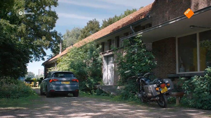 """IMCDb.org: 1982 BMW R 80/7 in """"Flikken Rotterdam, 2016-2020"""""""