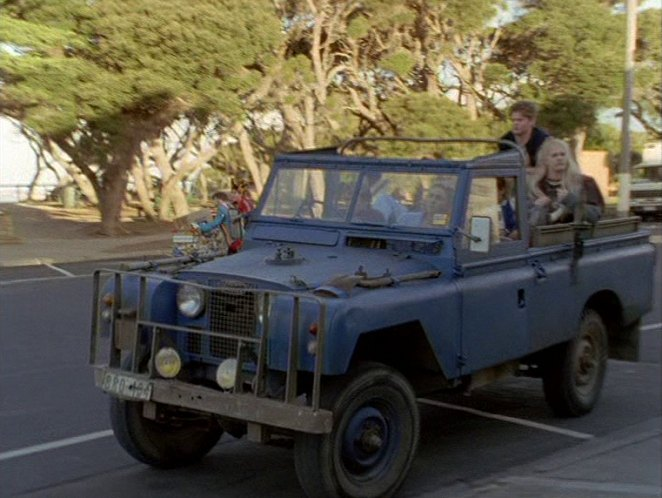 Land-Rover 109'' Series II