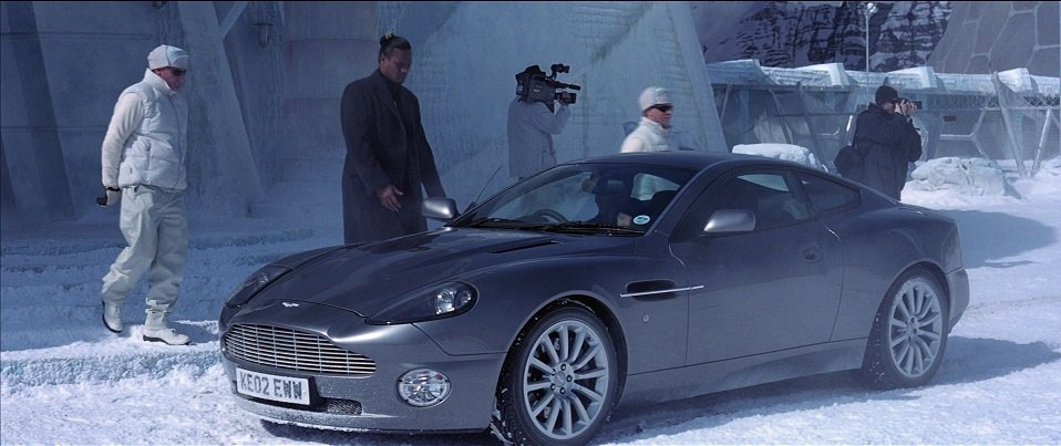 2002 aston martin vanquish in die another day. Black Bedroom Furniture Sets. Home Design Ideas