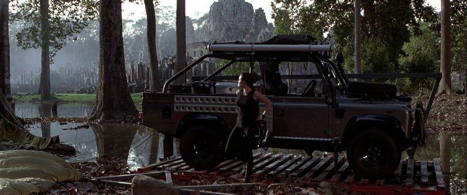 Imcdb Org 1999 Land Rover Defender 110 High Capacity Pick Up In Lara Croft Tomb Raider 2001