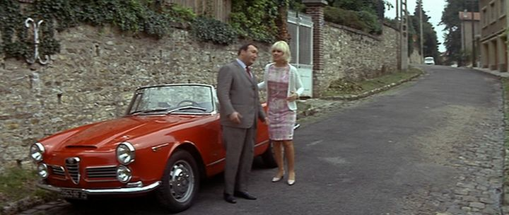 Imcdb 1962 Alfa Romeo 2600 Spider Touring 10601 In Fantmas