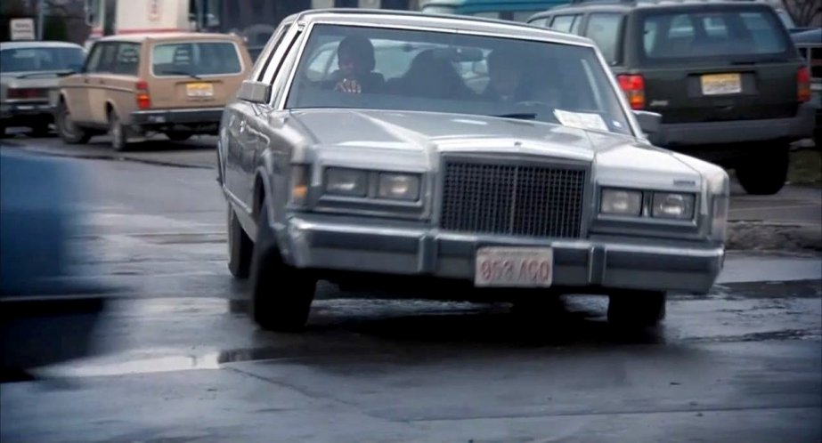 imcdb 1986 lincoln town car signature series in the long kiss Slammed Lincoln Town Car 1986 lincoln town car signature series