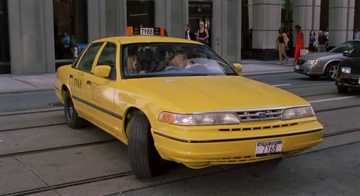 """IMCDb.org: 1996 Ford Crown Victoria in """"New York Minute, 2004"""""""