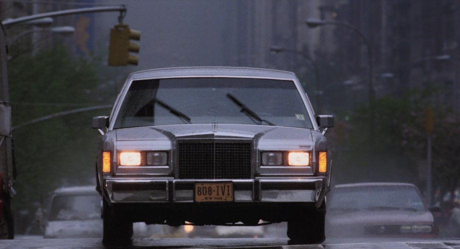 Imcdb Org 1985 Lincoln Town Car Stretched Limousine In