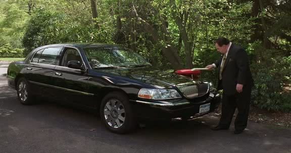 2003 lincoln town car cartier l in analyze that 2002. Black Bedroom Furniture Sets. Home Design Ideas