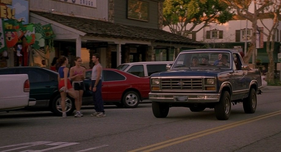 Imcdb Org 1982 Ford Bronco In American Pie 2 2001