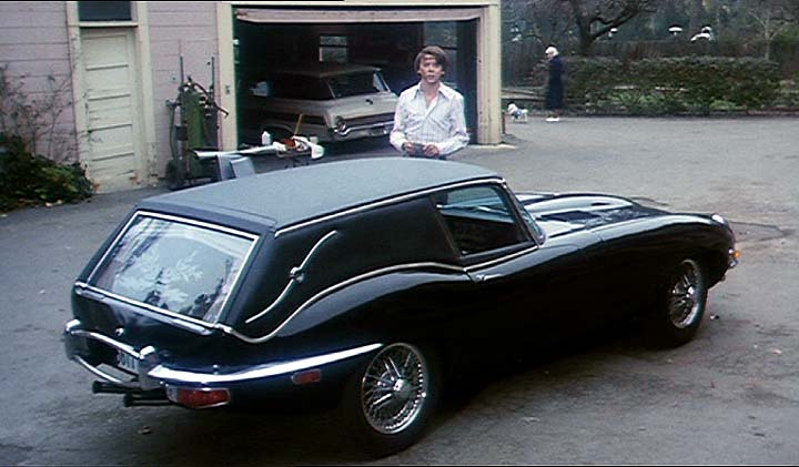"Used Jaguars For Sale >> IMCDb.org: 1967 Jaguar XK-E Hearse 4.2 Series I in ""Harold and Maude, 1971"""