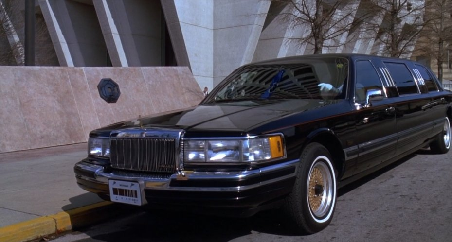 Imcdb Org 1990 Lincoln Town Car Stretched Limousine In