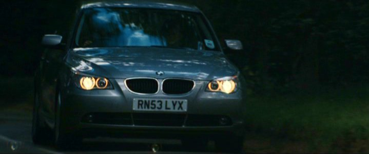 2003 bmw 530d se e60 in bridget jones the edge of reason 2004. Black Bedroom Furniture Sets. Home Design Ideas