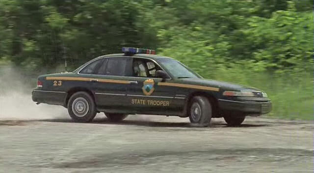 """Chapman Used Cars >> IMCDb.org: 1993 Ford Crown Victoria [P71] in """"Super Troopers, 2001"""""""