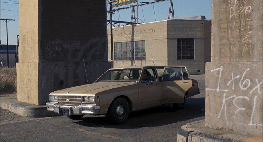 Movie car database I010304