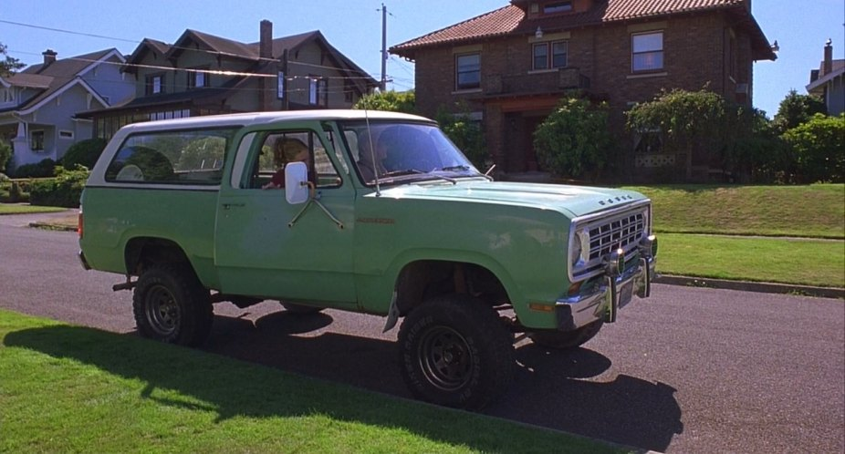 Imcdb Org 1975 Dodge Ramcharger In 10 Things I Hate About You 1999