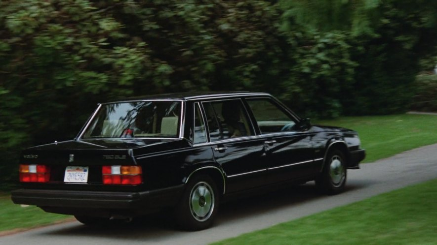 Imcdb Org 1986 Volvo 760 Gle 764 In Quot Innerspace 1987 Quot