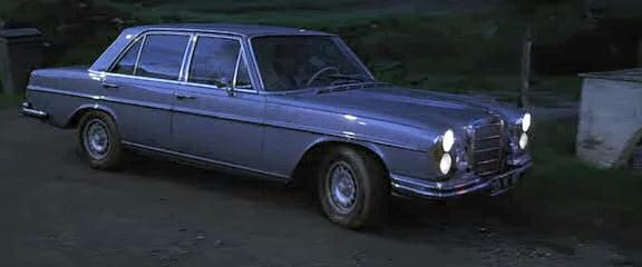 1968 mercedes benz 280 se w108 in trois. Black Bedroom Furniture Sets. Home Design Ideas