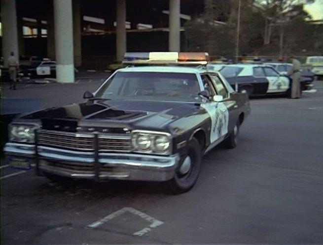 IMCDb.org: 1975 Dodge Monaco in