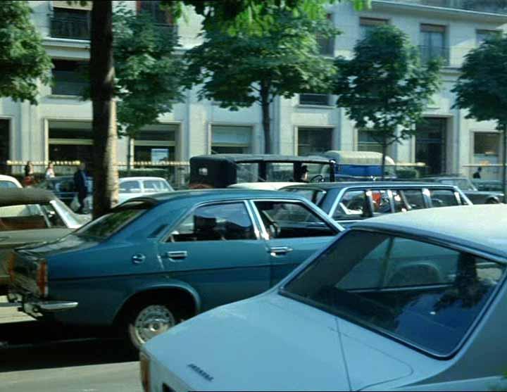 IMCDb.org: 1971 Chrysler 160 [949] in