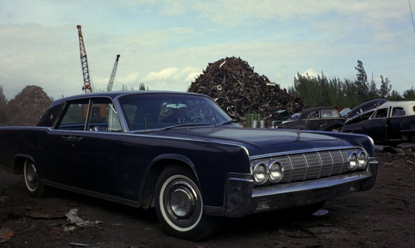 1964 lincoln continental four door sedan 53a in goldfinger 1964. Black Bedroom Furniture Sets. Home Design Ideas