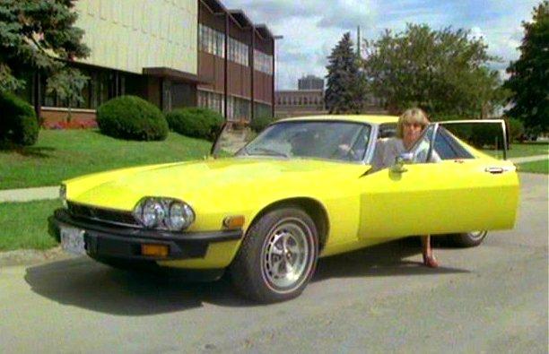 "IMCDb.org: 1976 Jaguar XJ-S 5.3 V12 [XJ27] in ""The New"