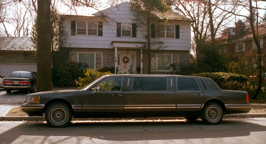 Imcdb Org 1990 Lincoln Town Car Stretched Limousine Executive
