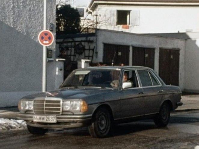 Auto 39 s in films en series for Mercedes benz complaint department