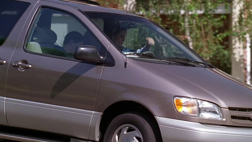 1998 Toyota Sienna [MCL10]