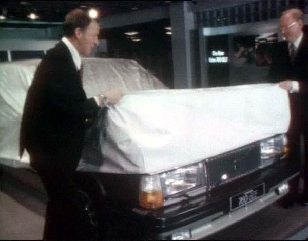 """IMCDb.org: 1982 Volvo 760 GLE [764] in """"Volvo 1927-2002, 75 år med Volvos personbilar, 2003"""""""