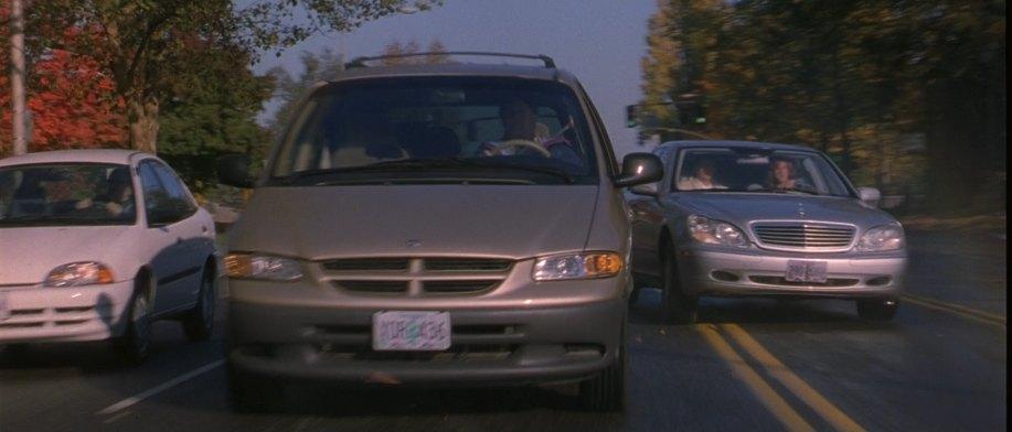 Imcdb Org 1999 Dodge Caravan Se Ns In Quot Bandits 2001 Quot