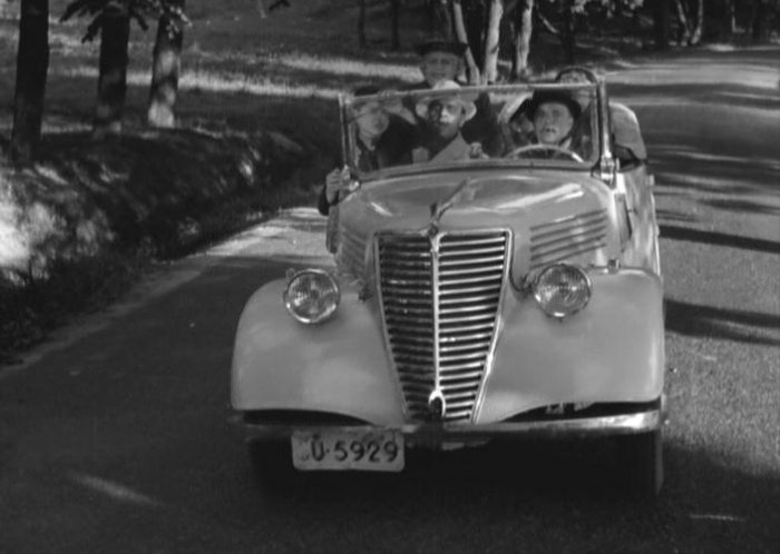 1939 Renault Primaquatre
