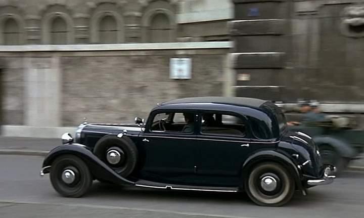 I on 1936 Mercedes Benz 540k