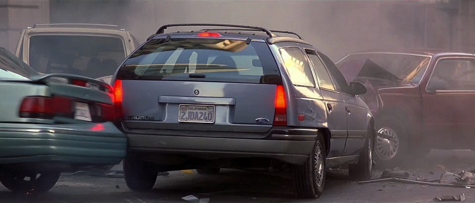 1986 ford taurus l wagon in con air 1997. Black Bedroom Furniture Sets. Home Design Ideas