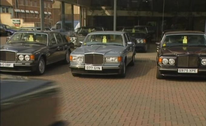 Imcdb Org 1986 Bentley Mulsanne In Quot Keeping Up