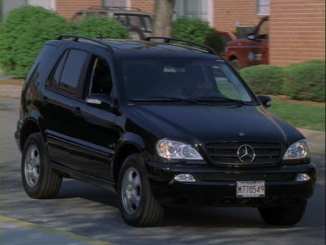 2002 mercedes benz ml 320 w163 in the wire. Black Bedroom Furniture Sets. Home Design Ideas