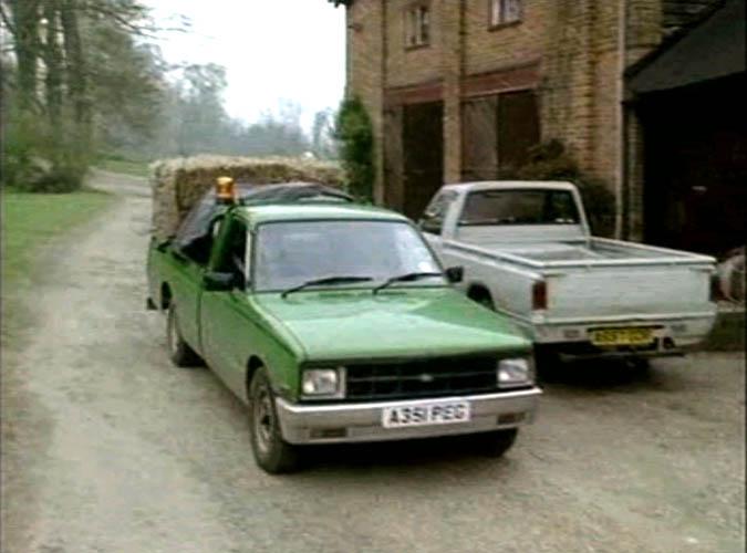 """IMCDb.org: 1984 Bedford KB 25 1.6 Pickup in """"Lovejoy, 1986 ..."""