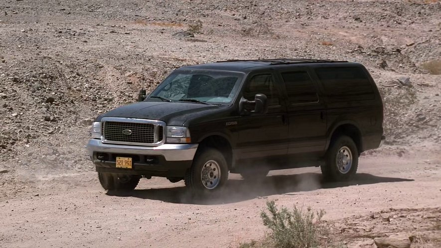 2002 Ford Excursion XLT [UW137]