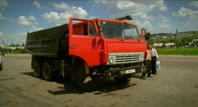 شاحنات KAMAZ الروسيه  I059979