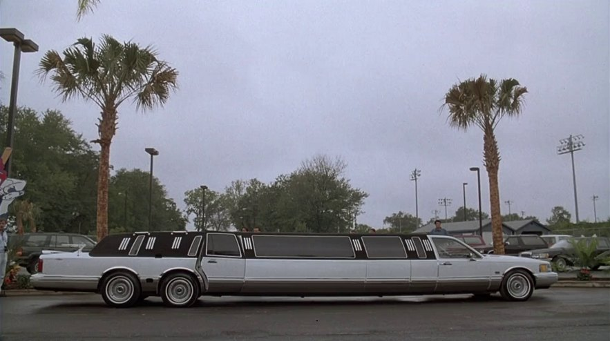 Imcdb Org 1990 Lincoln Town Car Stretched Limousine In Major