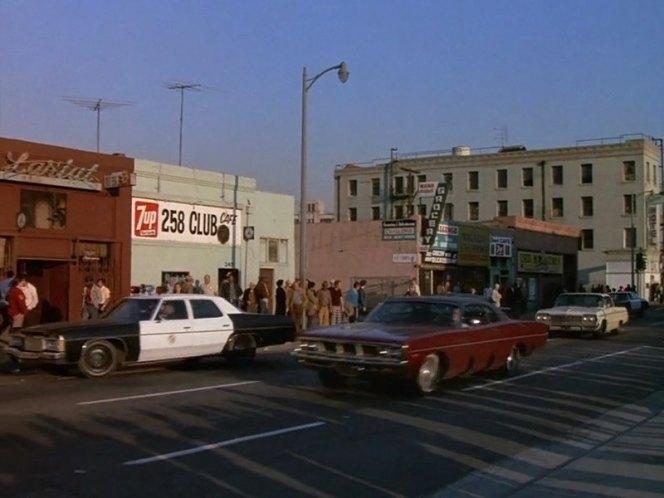 "IMCDb.org: 1969 Dodge Polara In ""Columbo: A Friend In Deed"