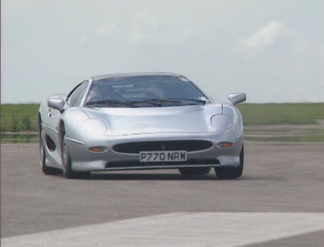 1994 Jaguar XJ220 In The Most Outrageous