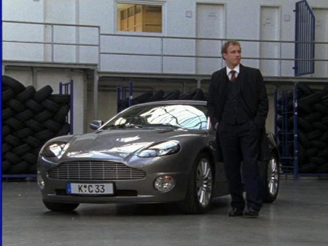 IMCDborg Aston Martin Vanquish In Alarm Für Cobra Die - 2004 aston martin