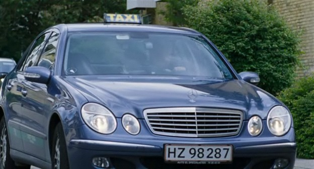 2005 mercedes benz e 220 cdi w211 in lotto 2006. Black Bedroom Furniture Sets. Home Design Ideas