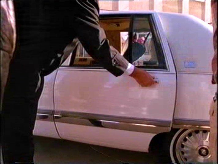 """1992 Buick Roadmaster >> IMCDb.org: 1992 Buick Roadmaster Stretched Limousine Limousine Werks in """"Murder, She Wrote, 1984 ..."""