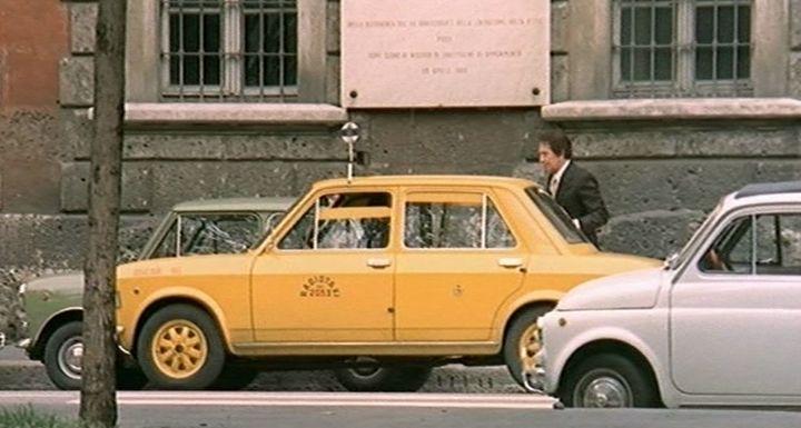 Imcdb 1969 Fiat 128 1a Serie In Milano Trema La Polizia