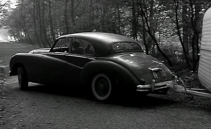 Imcdb Org 1951 Jaguar Mk Vii In Quot Les Malabars Sont Au